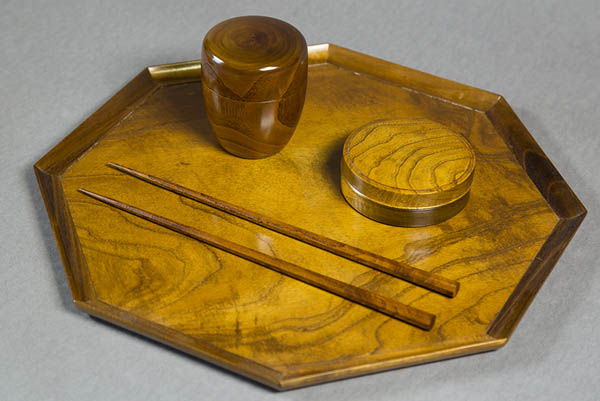 Japanese tea ceremony items and tray in mulberry wood, by various makers